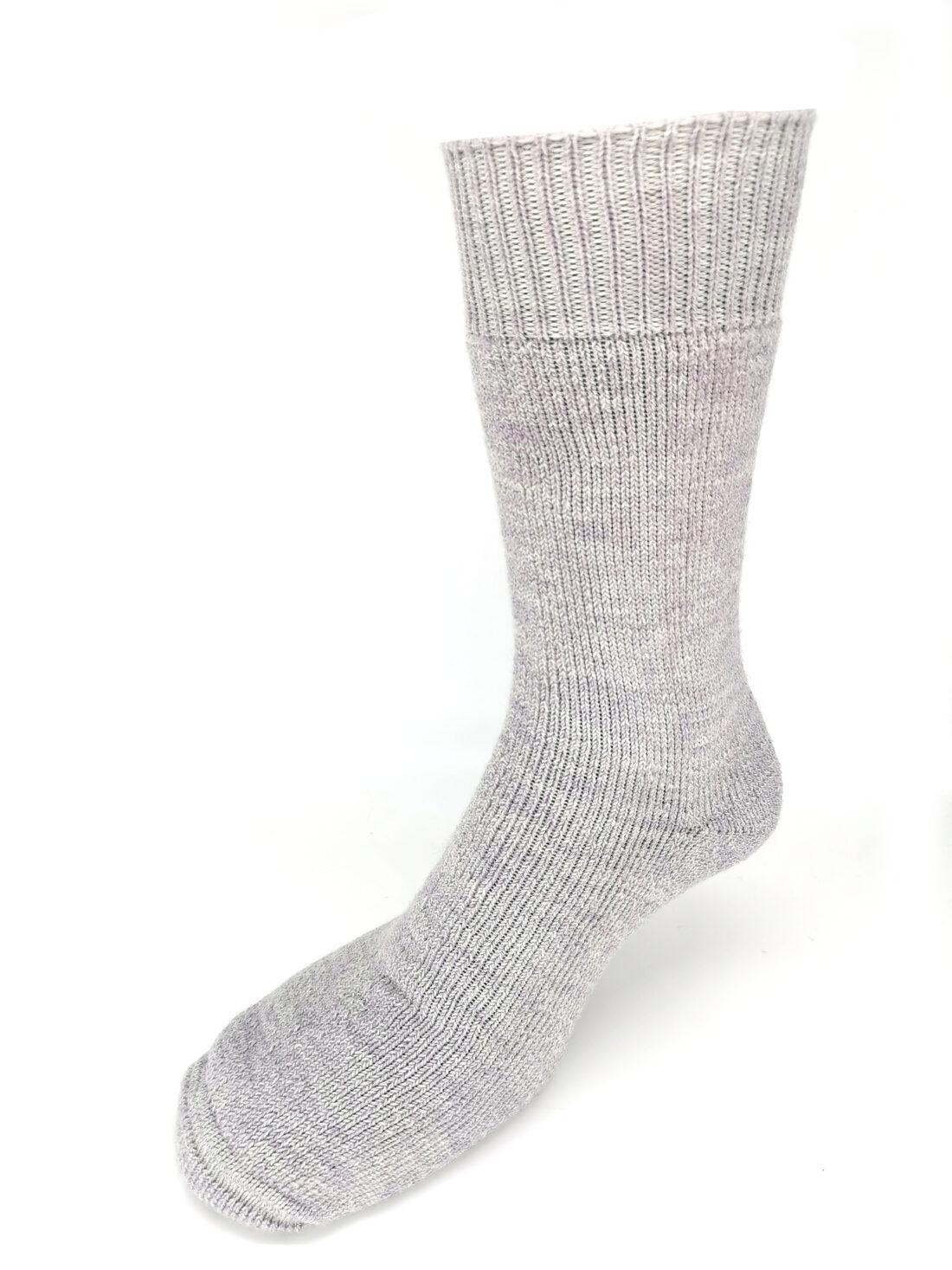 Lilac cricket wool socks
